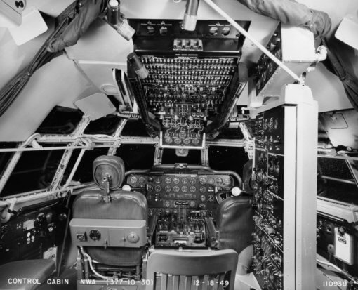 Flight Manual for the Boeing 377 Stratocruiser