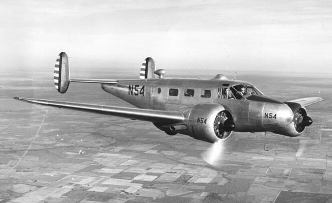 Flight Manual for the Beechcraft C-45 AT-7 AT-11