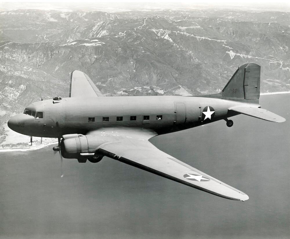 Flight Manual for the Douglas DC-3 C-47 Dakota