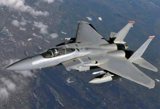 Flight Manual for the McDonnell-Douglas F-15 Eagle