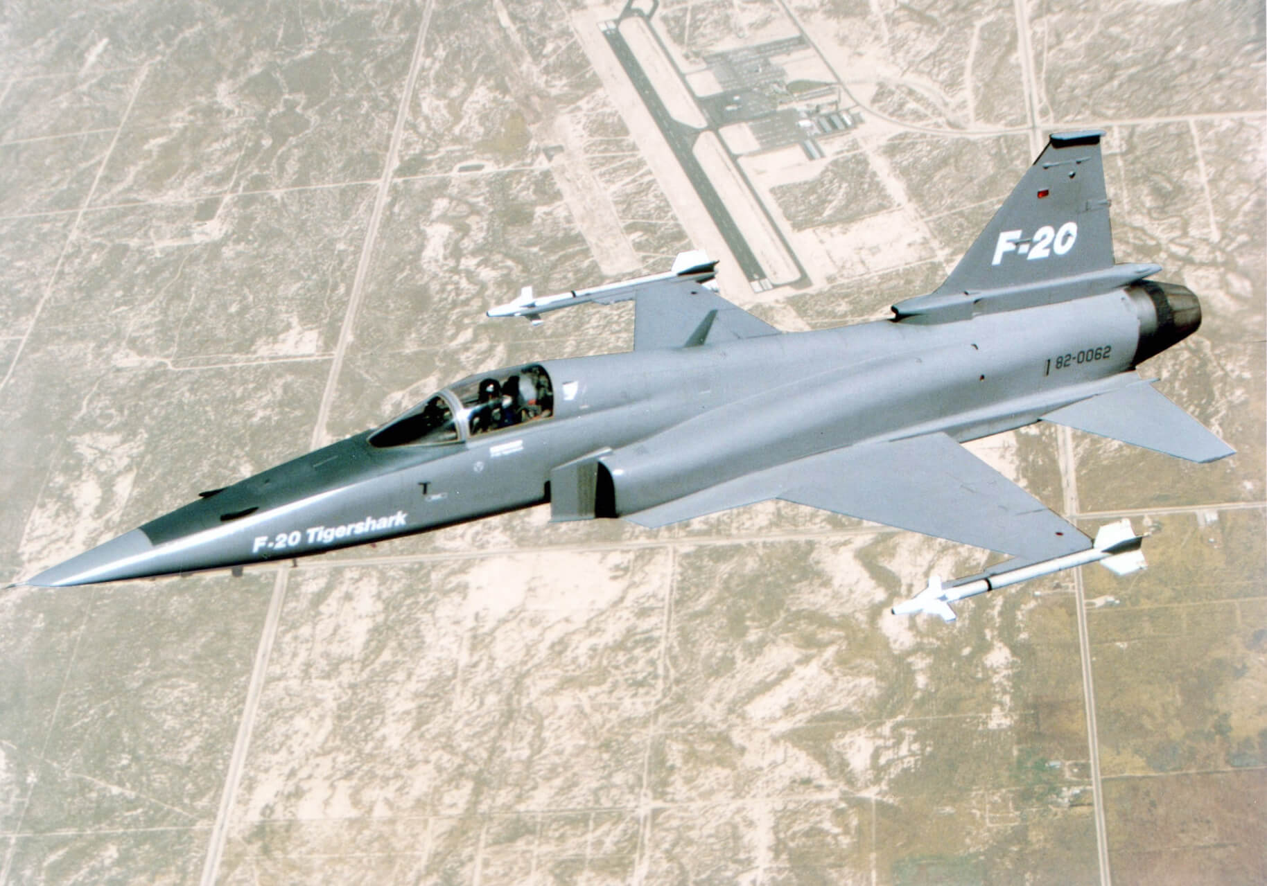Flight Manual for the Northrop F-20 Tigershark