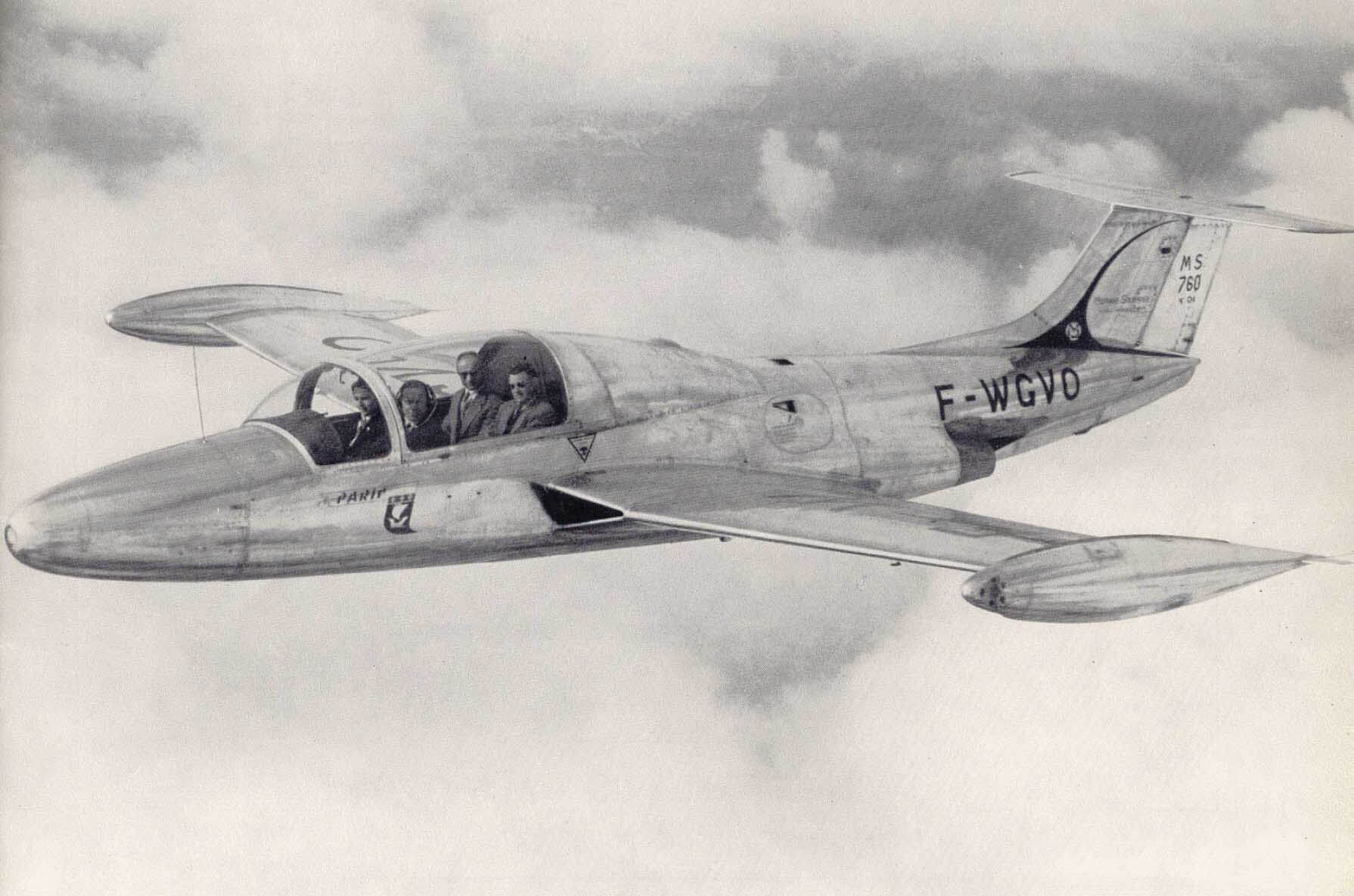 Flight Manual for the Morane Saulnier MS760 Paris