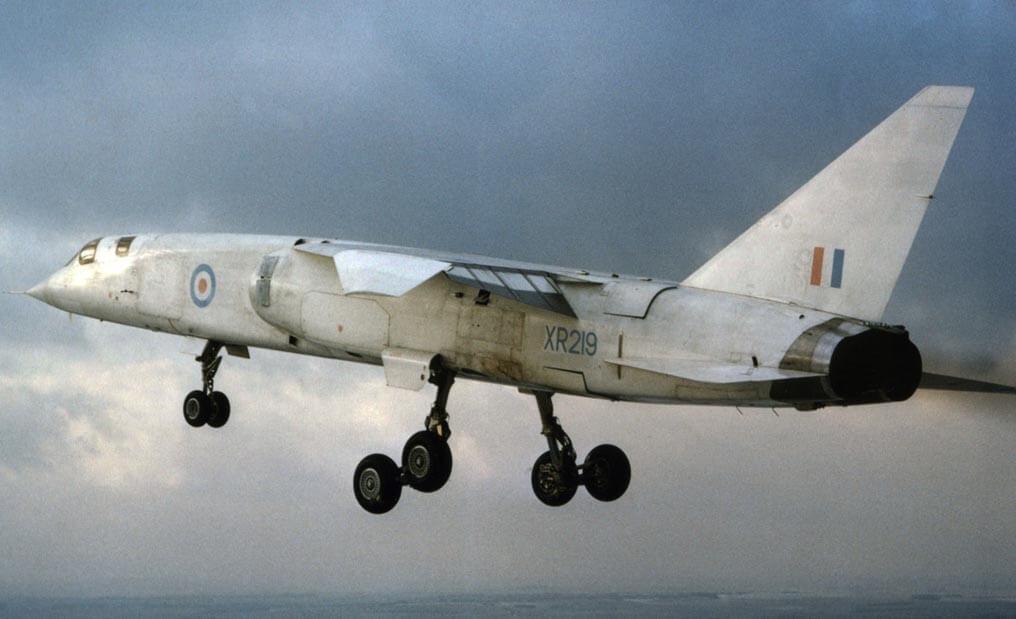 Flight Manual for the BAC TSR2