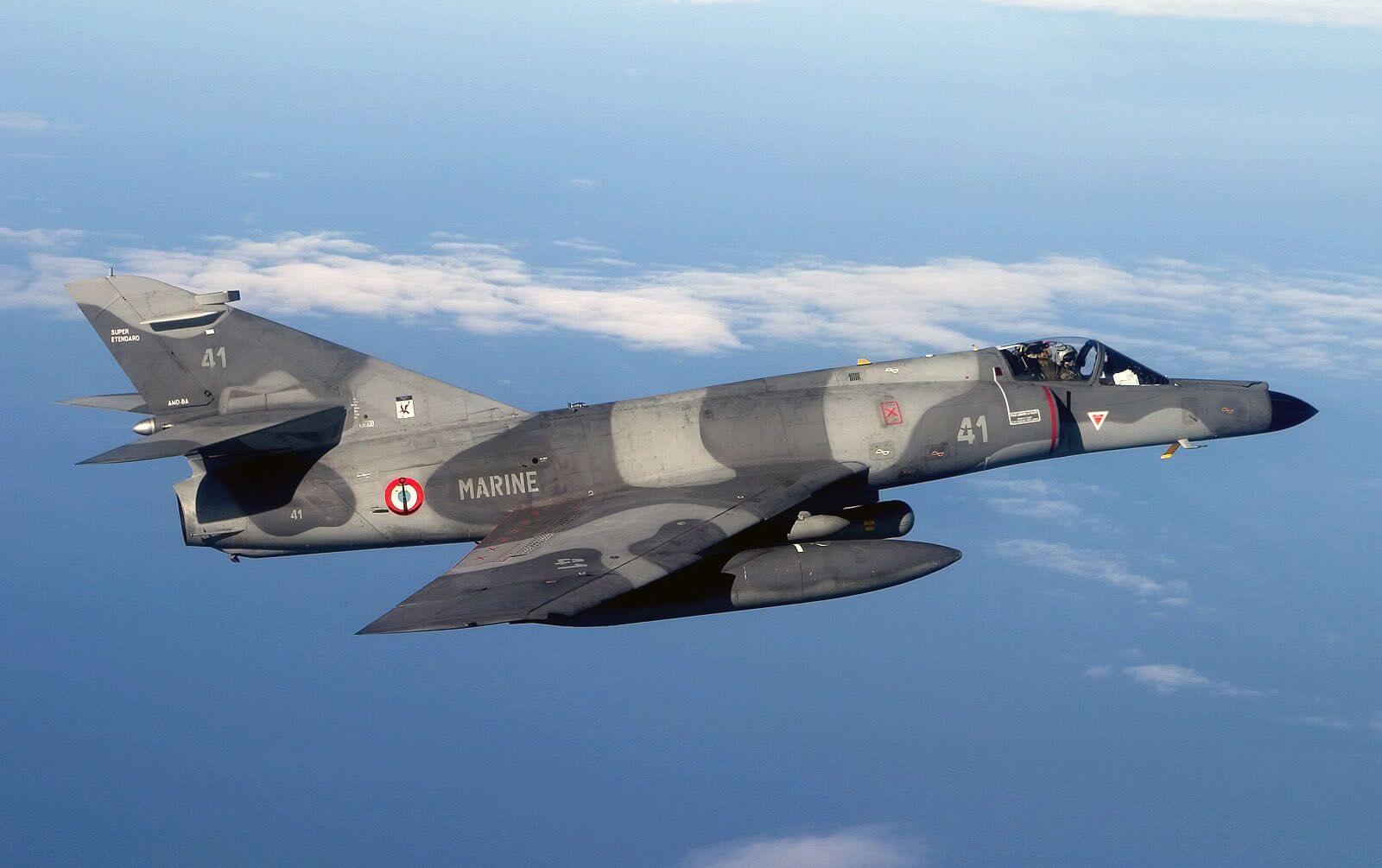Flight Manual for the Dassault Etendard