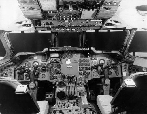 Flight Manual for the De Havilland DH121 Trident